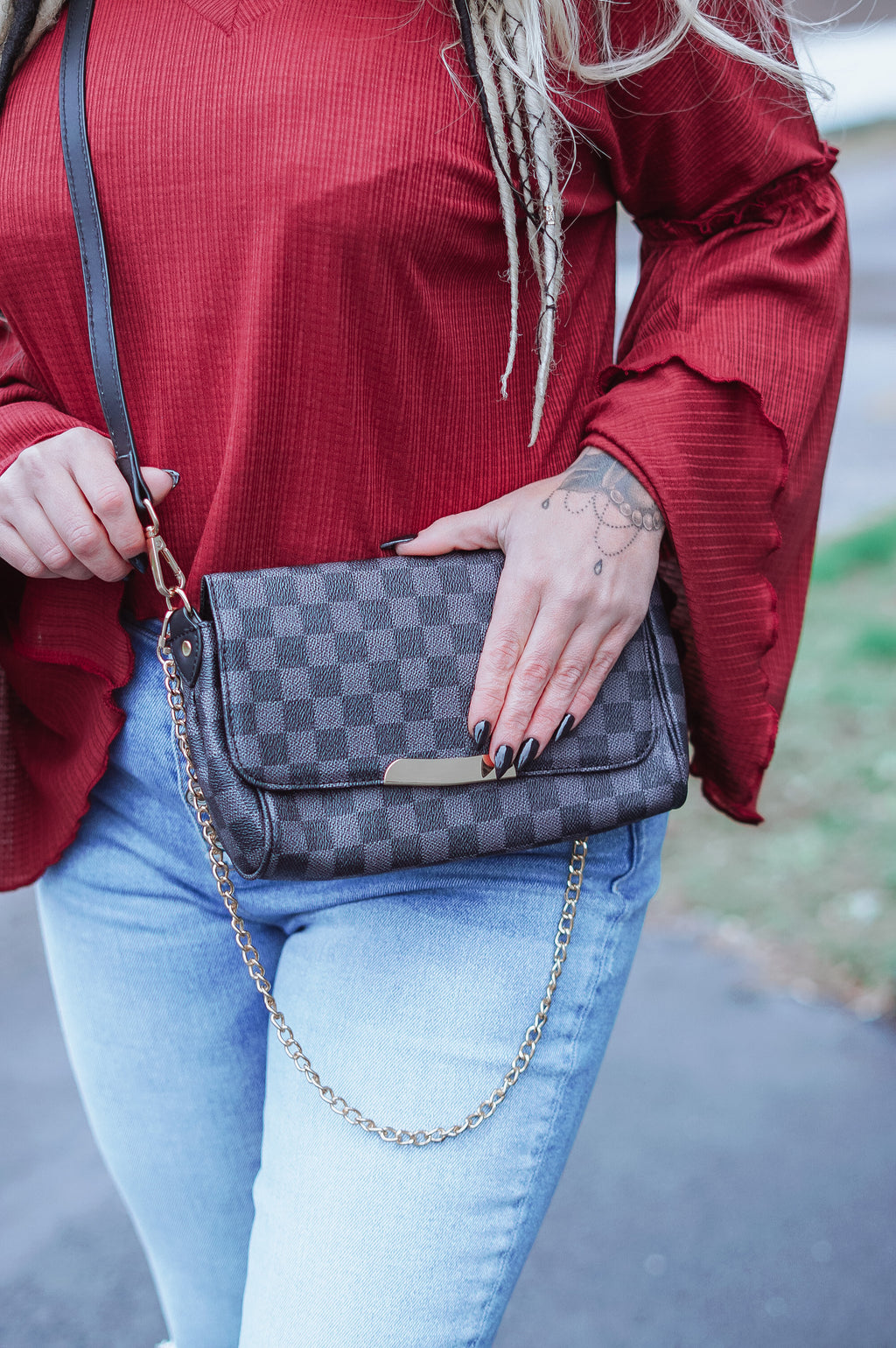 The Taya Crossbody: Black