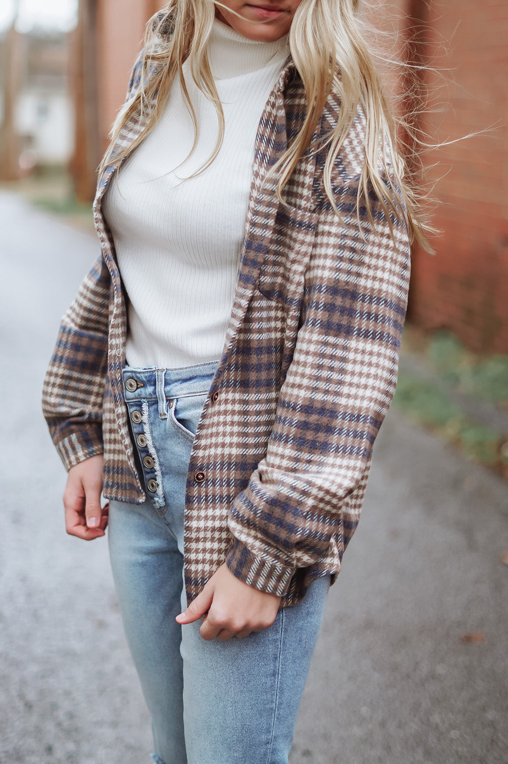 Khloe Flannel: Brown/Navy