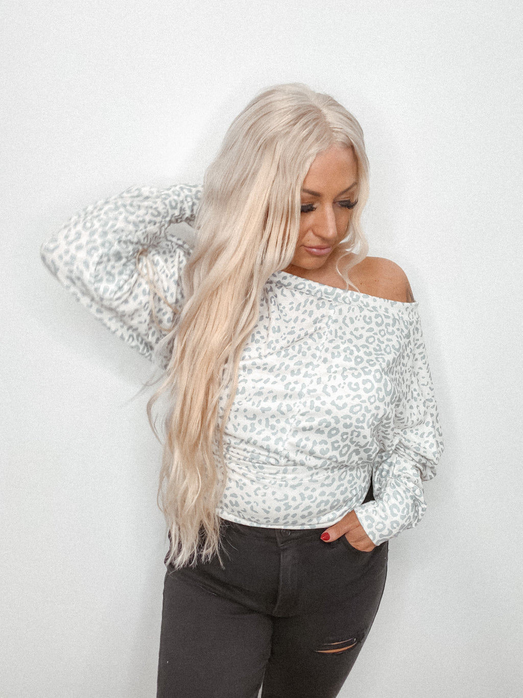 Long Sleeve Leopard Off The Shoulder Top: Ivory/Grey