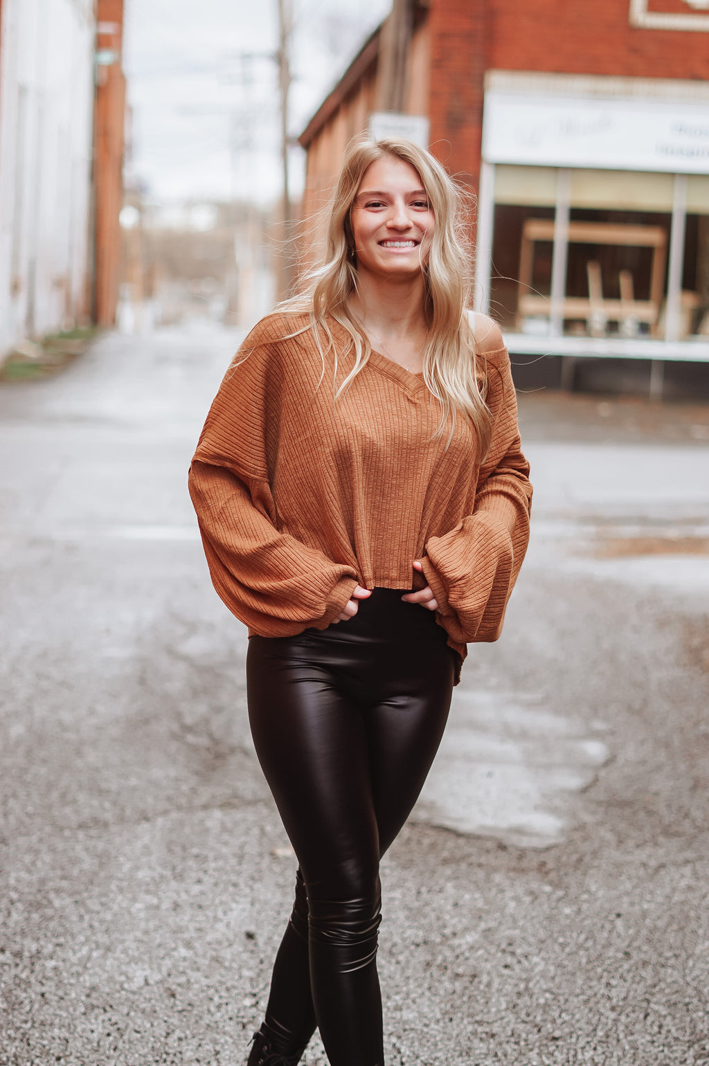 Ellie Long Sleeve Knit Top: Caramel