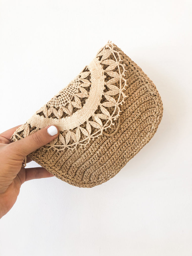 Tanora - Raffia belt bag