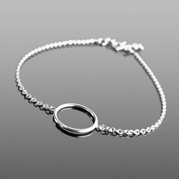 Delicate simple circle bracelet ***FREE DELIVERY***