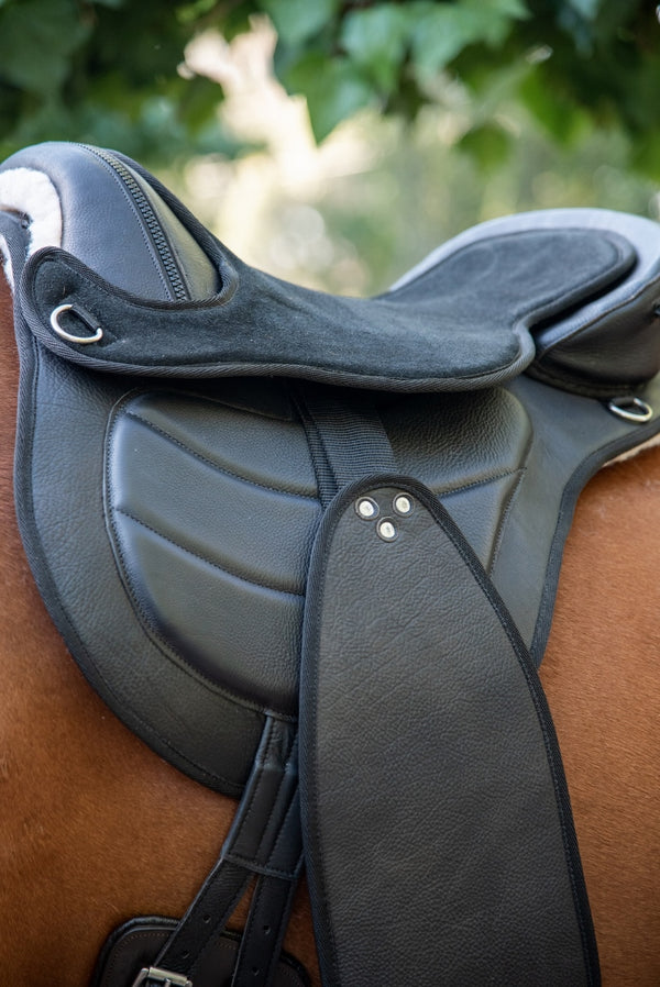 ST-SD/013 Black Leather Endurance Saddle