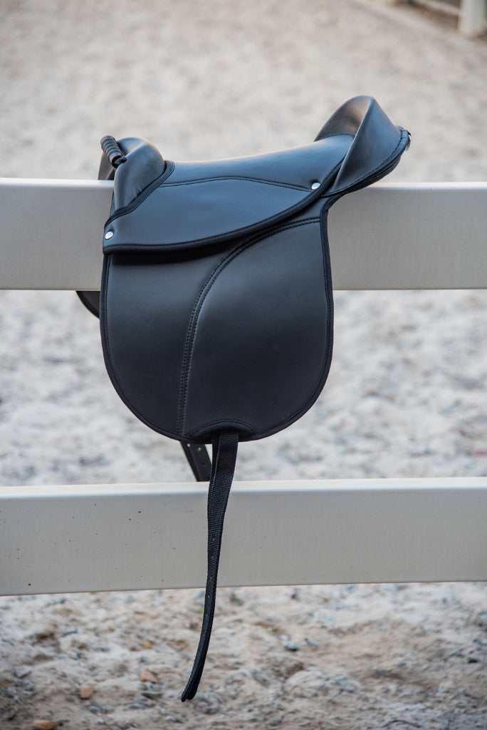 Black Pony Treeless Saddle