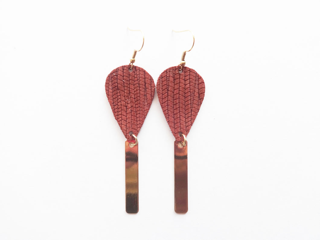 Cinnamon Vine Teardrop Bar Genuine Leather Earring
