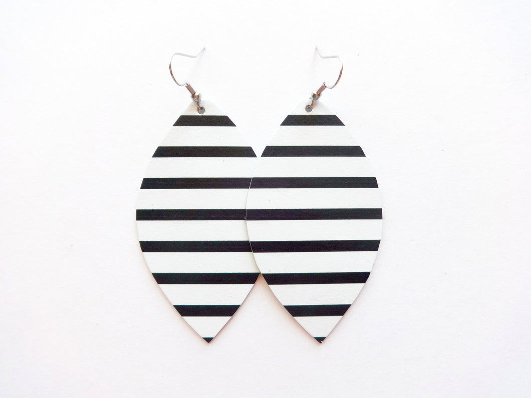 Classic Stripe Leaf Genuine Leather Earring