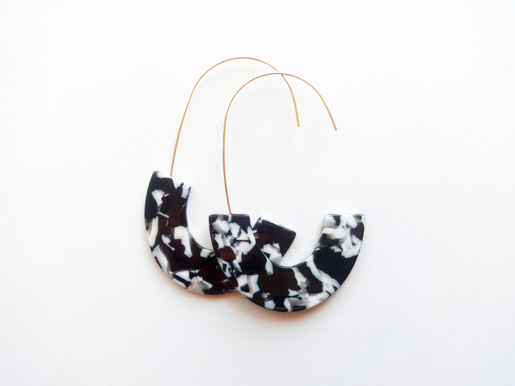 Black and White Marbled Acrylic Half Hoop Threader Earrings