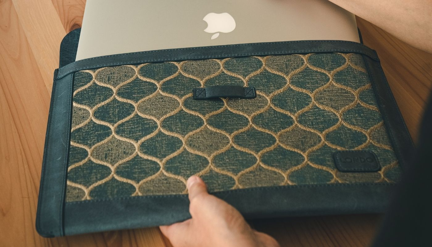 MegaGear Laptop Sleeves and Bags