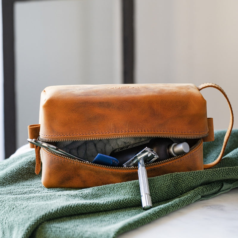 Londo Top Grain Leather Travel Bag, Dopp Kit