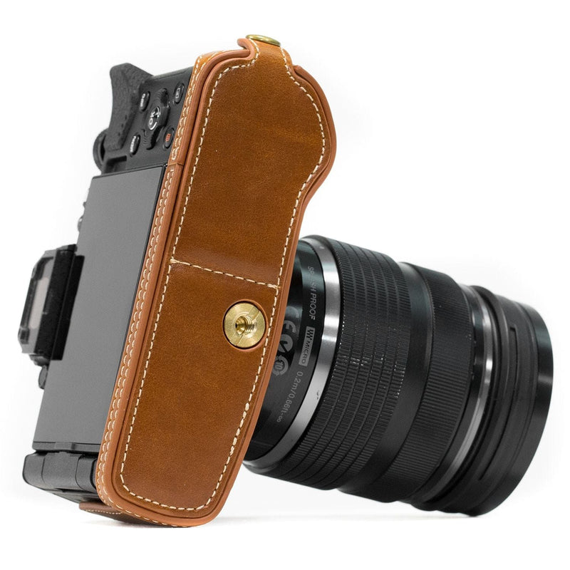 MegaGear Olympus OM-D E-M5 Mark II Ever Ready Leather Camera