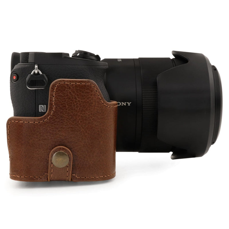 MegaGear Sony Alpha A6600 (18-135mm) Ever Ready Genuine