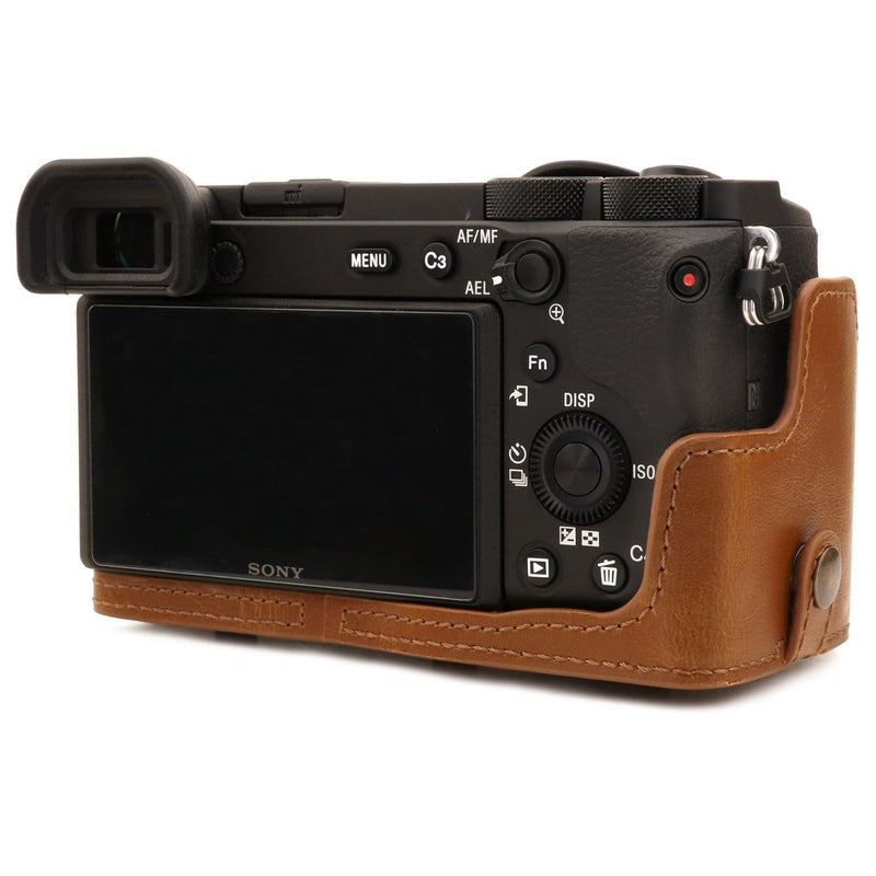 MegaGear Sony Alpha A6600 (18-135mm) Ever Ready Leather
