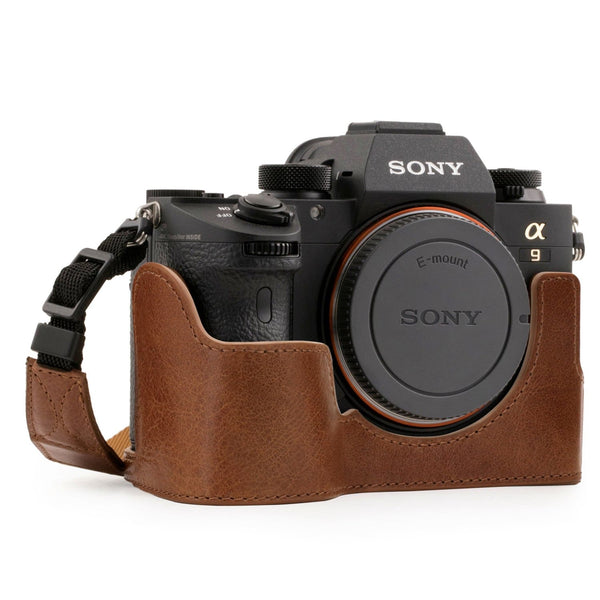 MegaGear Sony Alpha A7 III A7R A9 Ever Ready Genuine Leather