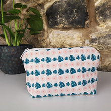 Load image into Gallery viewer, Summer Flora Cosmetic/Wash Bag
