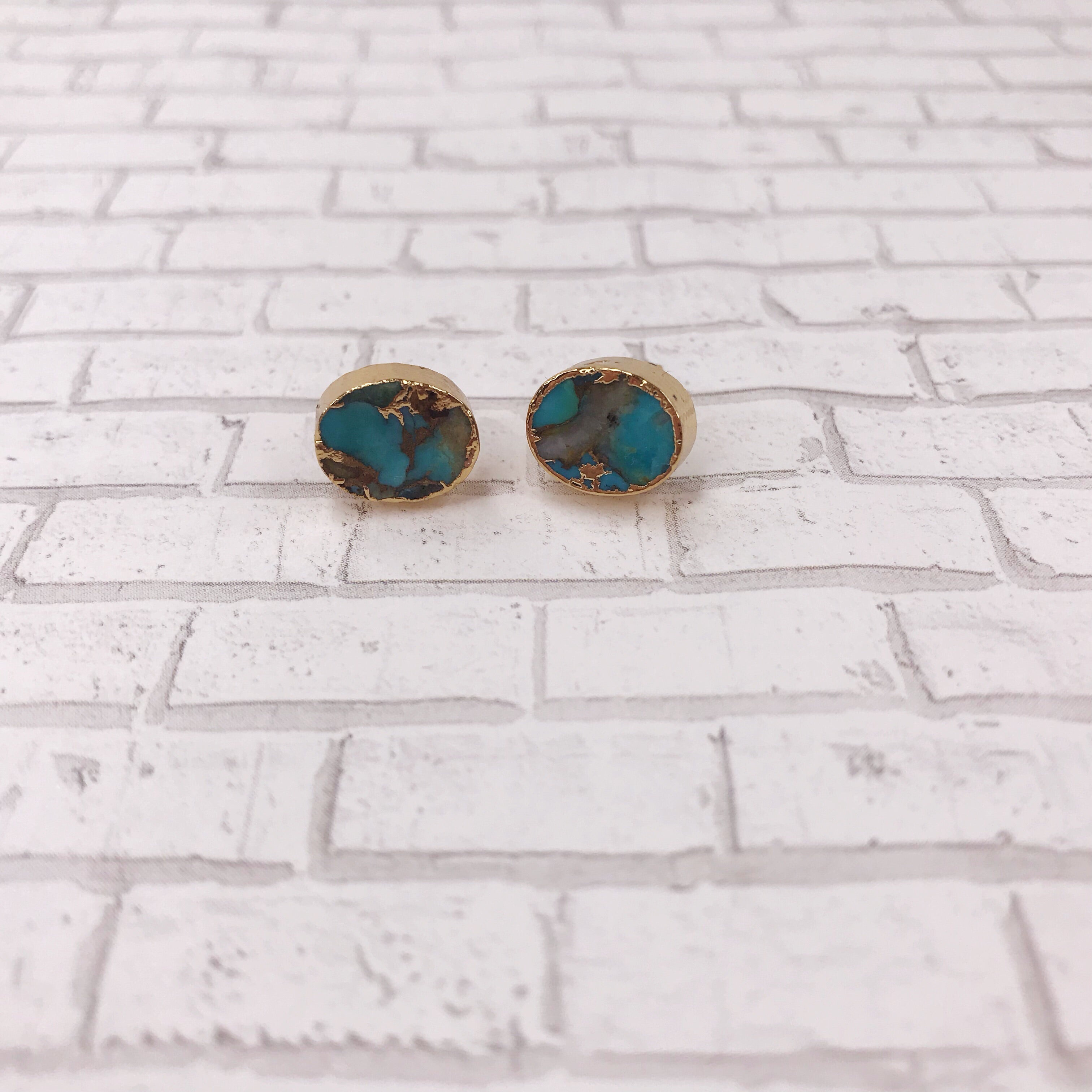 Crackle Oval Turquoise Stud Earrings