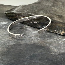 Load image into Gallery viewer, Silver Rivet Bangle
