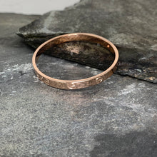 Load image into Gallery viewer, Rose Gold Rivet Bangle