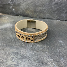 Load image into Gallery viewer, Leopard Cuff