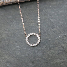 Load image into Gallery viewer, Sparkly Circle Necklace