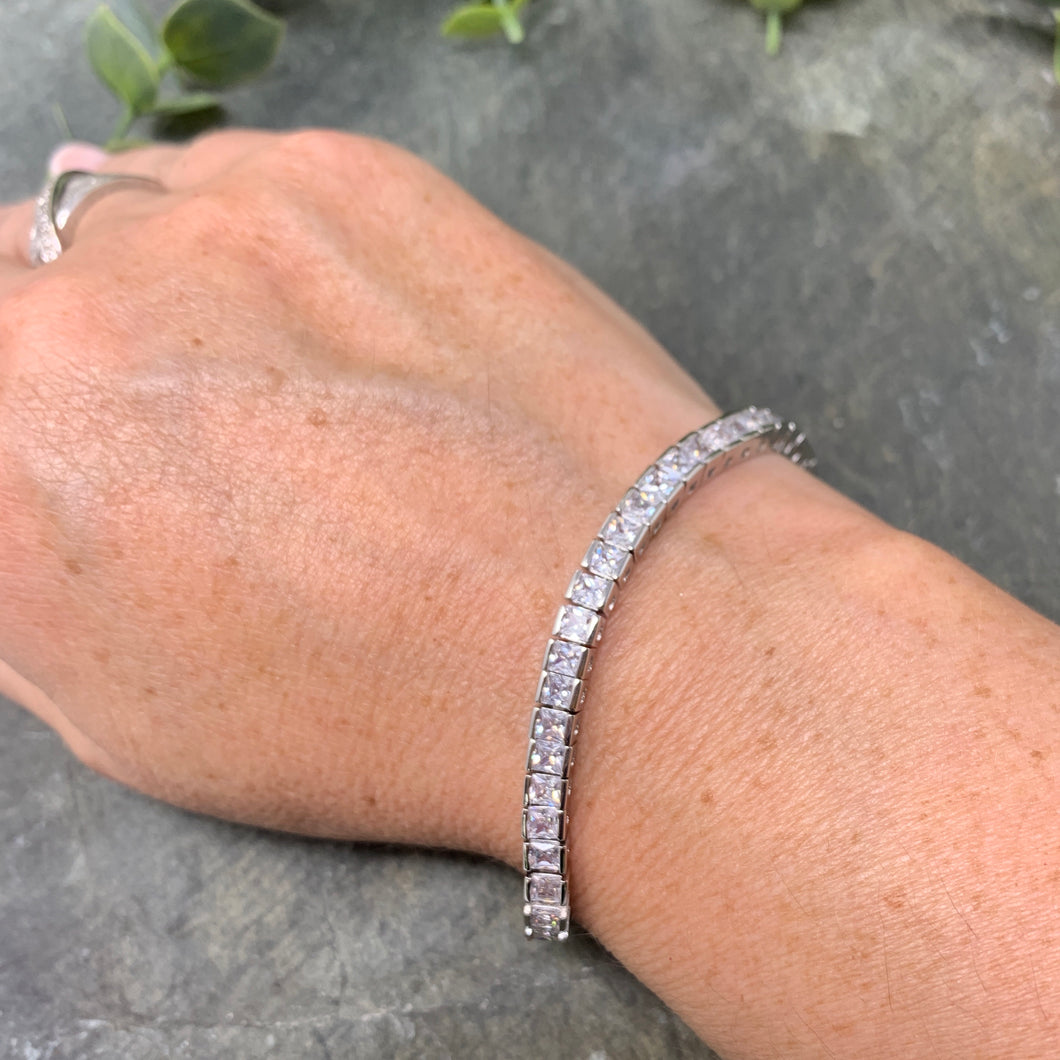 Square Cut Tennis Bracelet