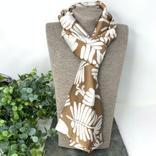 Load image into Gallery viewer, Camel Fern Skinny Scarf