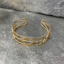 Load image into Gallery viewer, Geometric Gold Cuff