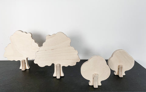 wooden oak tree and shrub set