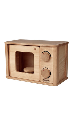 wooden microwave by plan toys