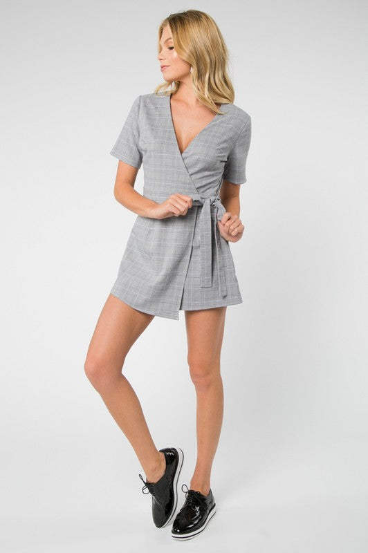 Perfect Chemestry - Plaid Tie Front Dress