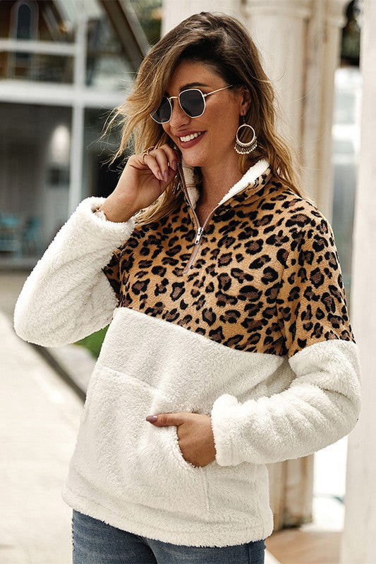 Just for Kicks - Pullover in Leopard/Cream