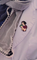 دبوس سنو وايت~Snow-white Pin