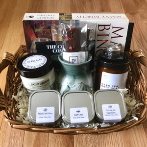 Open image in slideshow, Tea Gift Basket