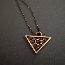 Load image into Gallery viewer, Triangle honeycomb pendant