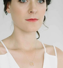 Load image into Gallery viewer, Delvaux Necklace in oxidized silver and gold