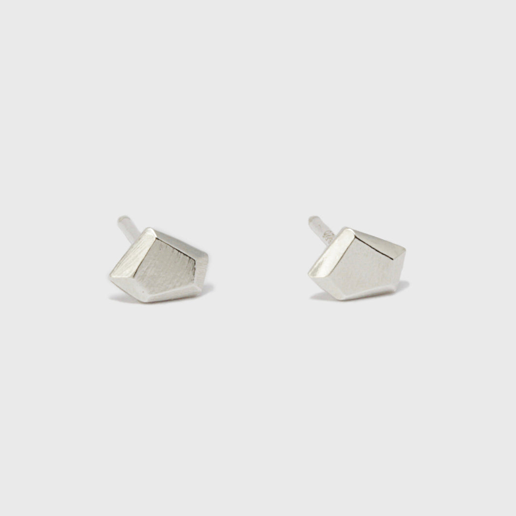 Thin Faceted Stud Earrings
