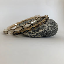 Load image into Gallery viewer, Bronze Bangle Bracelet with mother of pearl