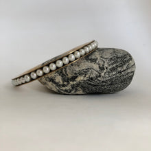 Load image into Gallery viewer, Bronze Bangle Bracelet with pearls