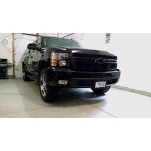 Load image into Gallery viewer, 2007-2014 Chevrolet Silverado | Black Headlights
