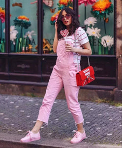 Still wearing wide-legged pants? First love trousers are the face value of fashionable age reduction in spring and summer!