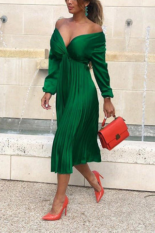 Long-Sleeved V-Neck Pleated Pleated Skirt Solid Color Simple Fashion Dress