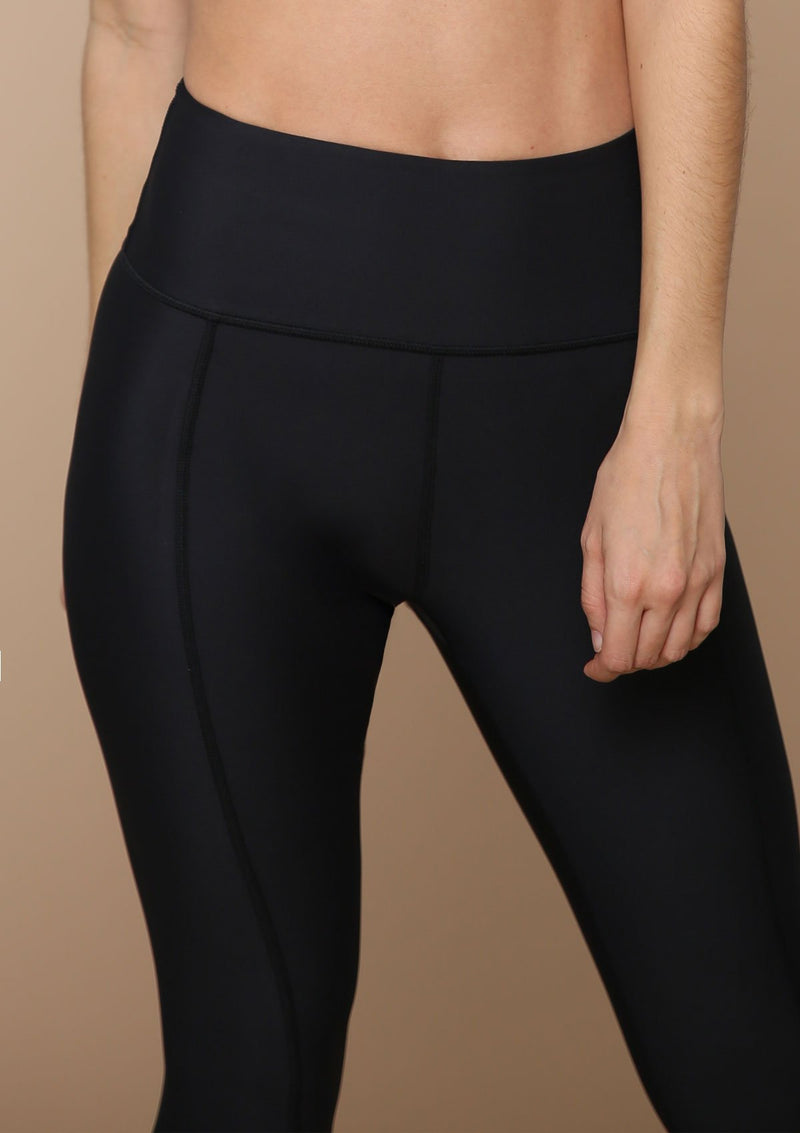 Blank Label Active Quality Leggings with Elongating Seam Details