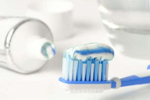 Fluoride-Free Toothpaste: What Are the Benefits?