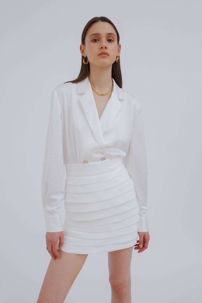 CMEO_COLLECTIVE_EXCHANGE_TOP_IVORY