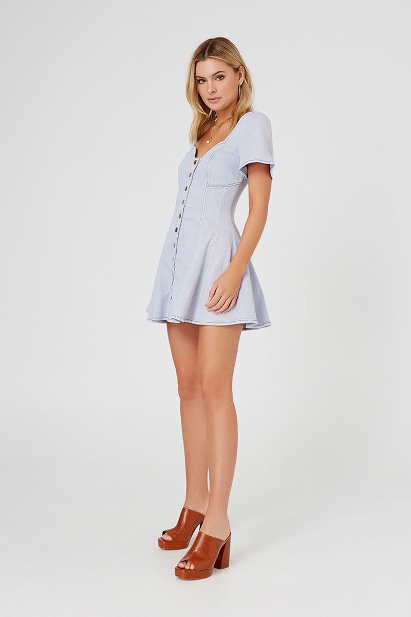 FINDERS KEEPERS ISLA MINI DRESS - WASHED BLUE