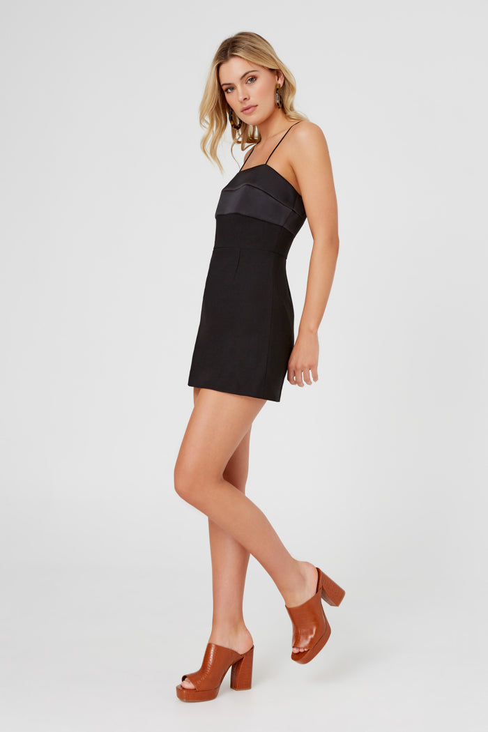 FINDERS-KEEPERS-LUPITA-MINI-DRESS-BLACK
