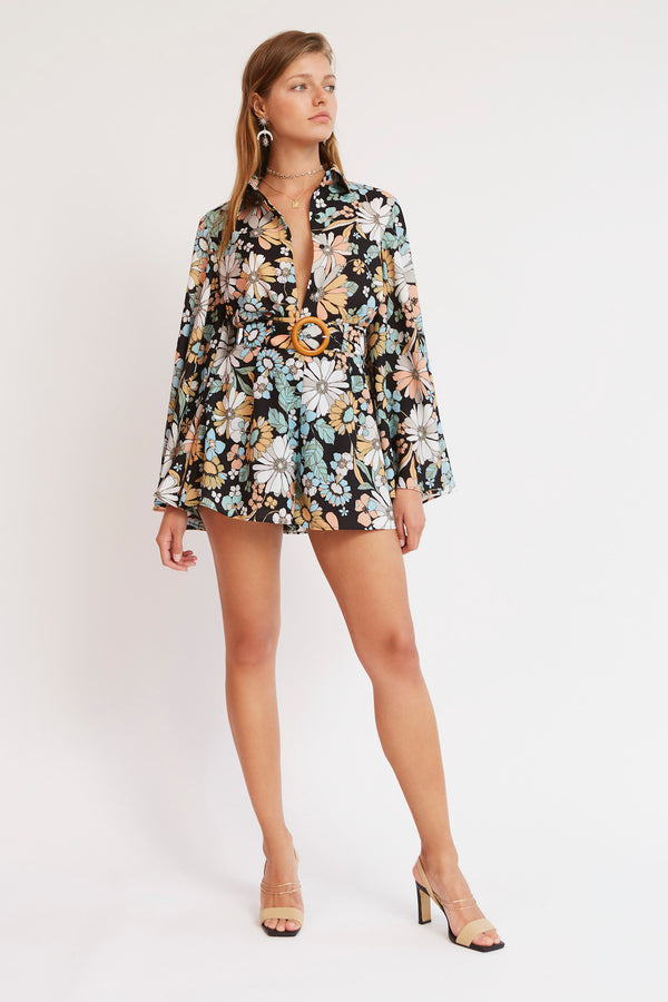 FINDERS-KEEPERS-SYLVIE-SHORT-BLACK-FLORAL