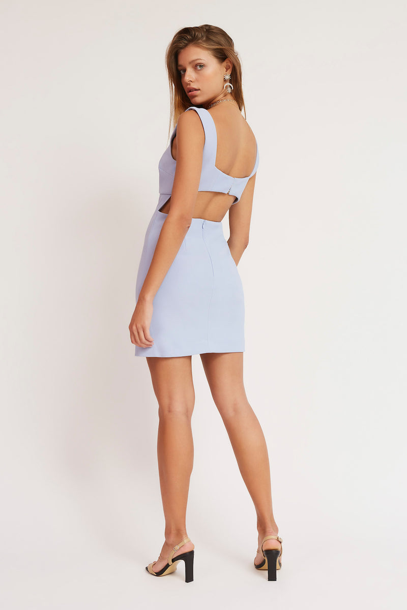 FINDERS-KEEPERS-LAILA-MINI-DRESS-SKYY
