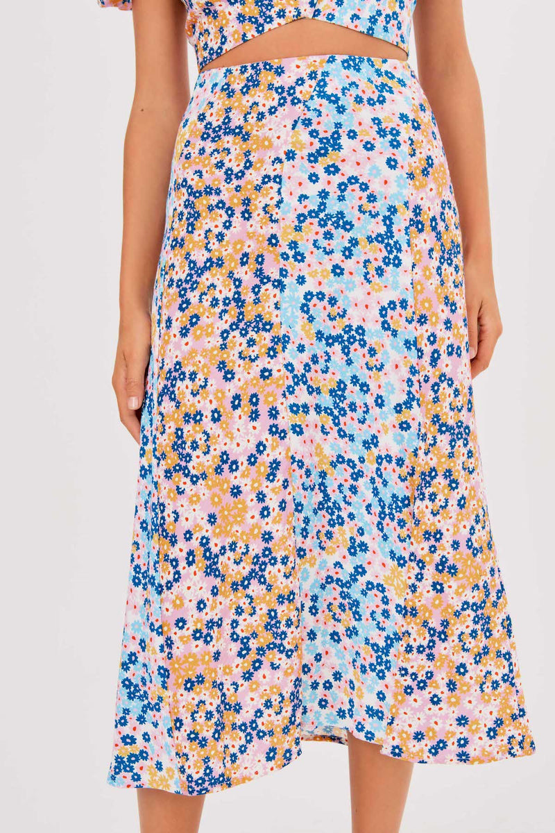 Finders-Keepers-YASMINE-SKIRT-MULTI-DAISY