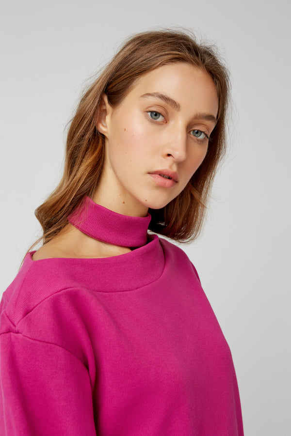 The-Fifth-Label-BOUNTY-JUMPER-FUCHSIA