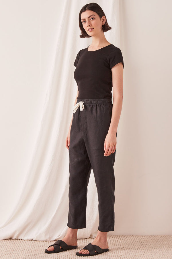 ANYA-LINEN-PANT-BLACK-ASSEMBLY-LABEL